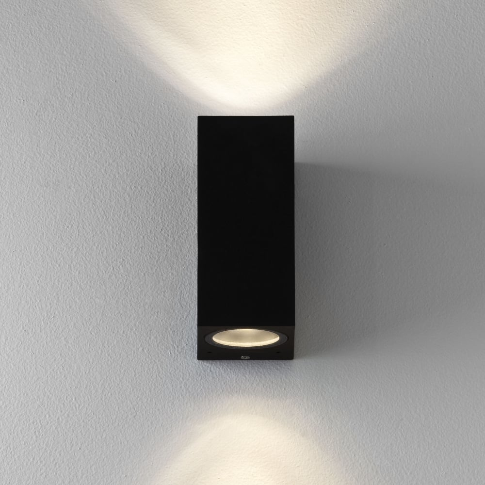 astro lighting 7128 chios 150 ip44 exterior up down wall light black. Black Bedroom Furniture Sets. Home Design Ideas