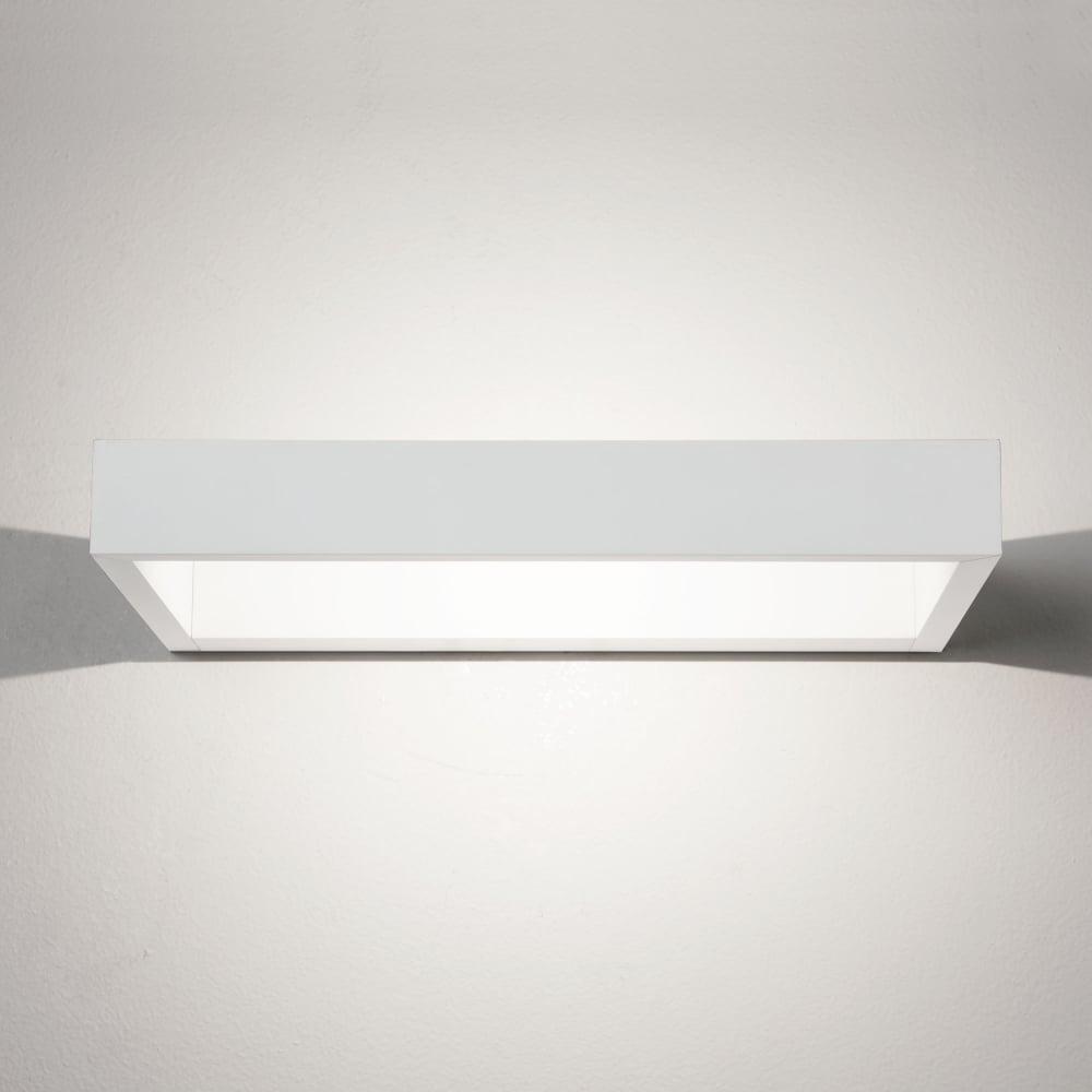 D-Light White LED Wall Light