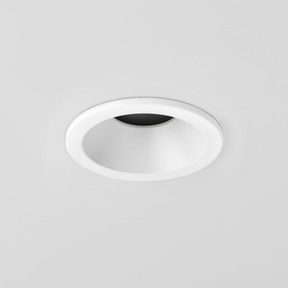 Minima 230v ip65 recessed downlight in white