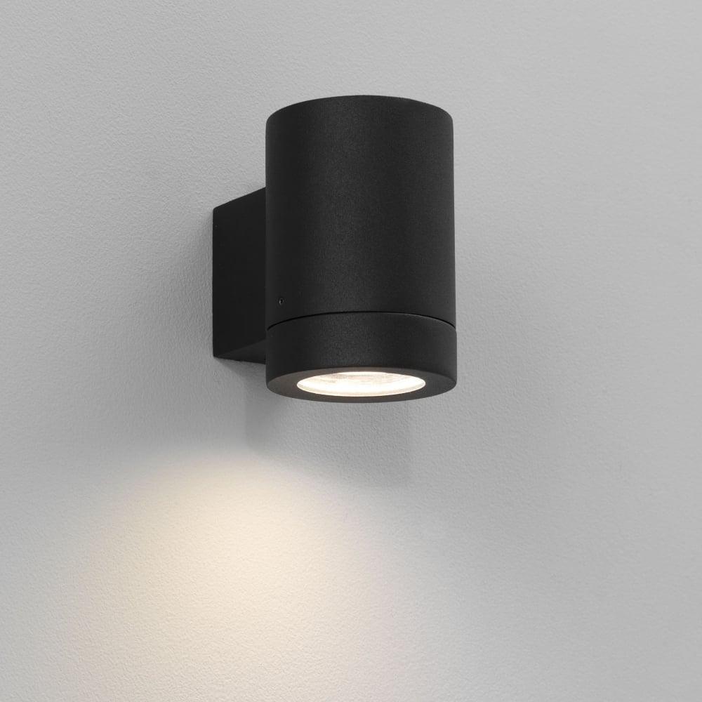 Astro 0624 porto plus single energy saving exterior wall light black porto plus single energy saving exterior wall light black mozeypictures Gallery
