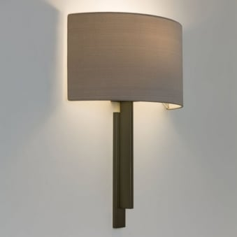 Tate Wall Light in Bronze
