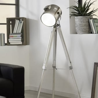 Upstreet Floor Lamp in White Wood and Chrome