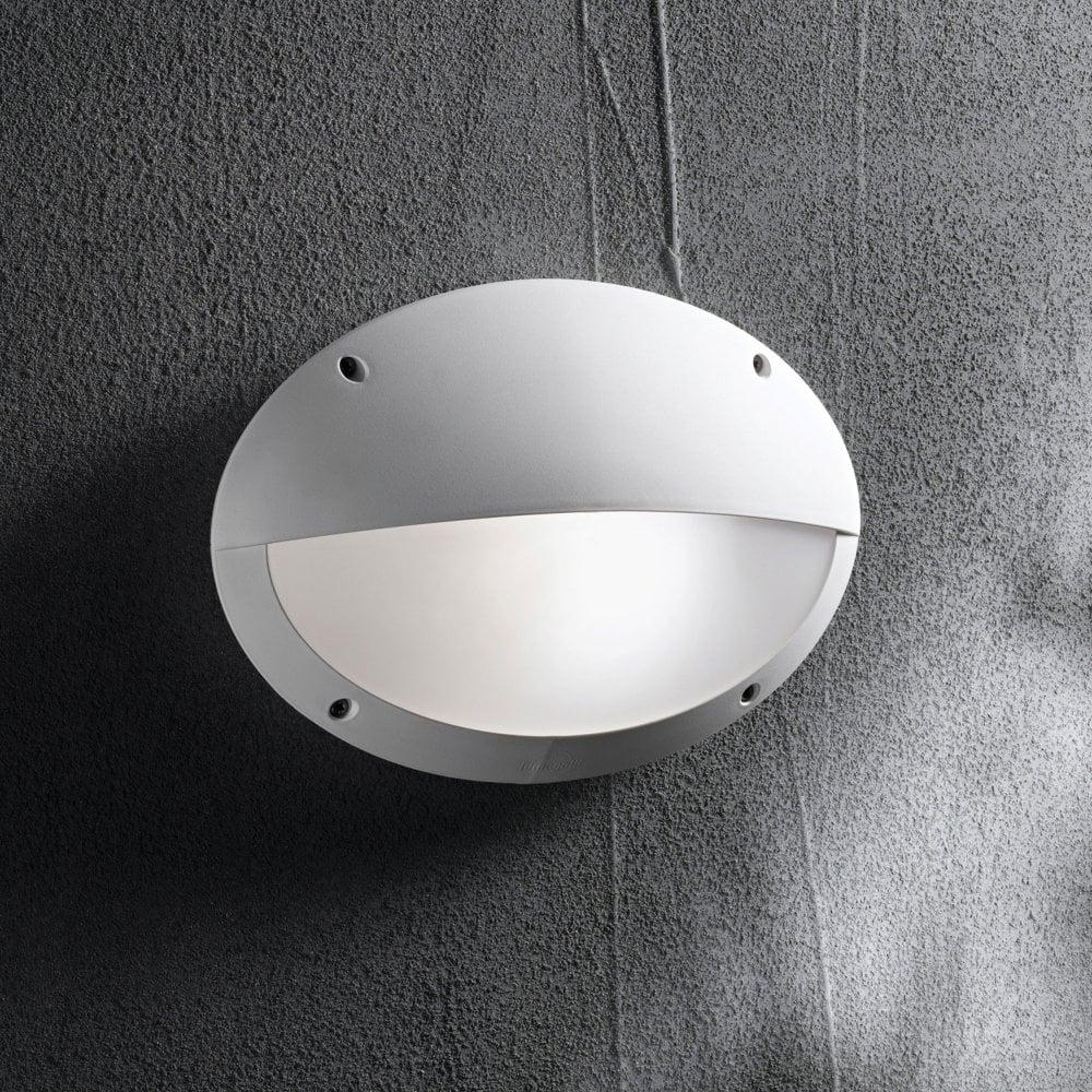 Maddi 2 Coastal Ip66 E27 Oval Eyelid Bulkhead Wall Light