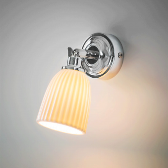 Alma Ceramic Bathroom Spot Light in Chrome