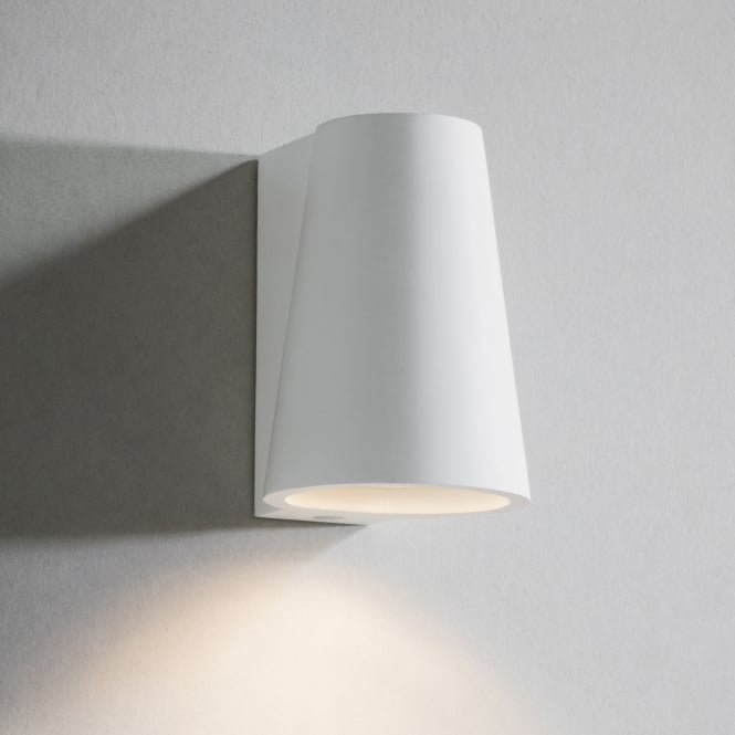 Garden Trading Elswick White Plaster Up or Down Wall Light