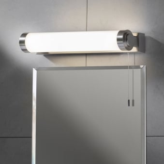 Fulham Bathroom Switched Light in Satin Nickel